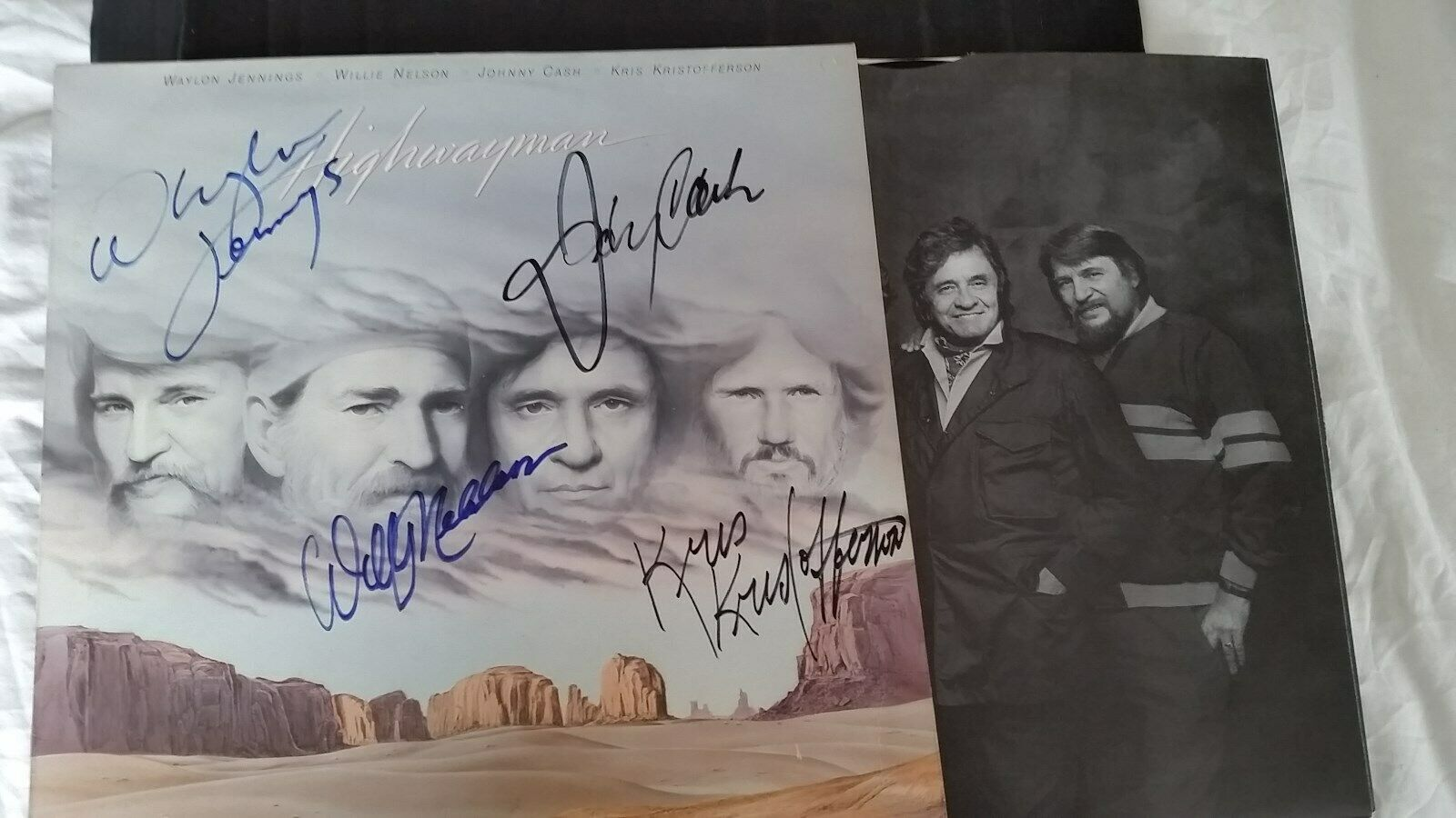 HIGHWAYMAN  LP - JOHNNY CASH, KRISTOFFERSON, NELSON, JENNINGS - SIGNED BY ALL 4